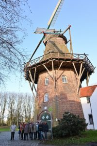 """Die Windmühle """"De Vrouw Johanna"""" auf dem Stadtwall"""